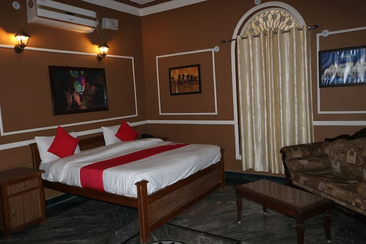 Madhu Vilas Sariska with super deluxe rooms