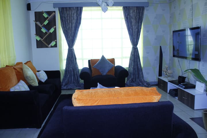 ZURI - Serviced Apartment