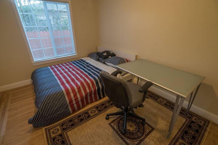 "Cozy Queen Bedroom next to Bay Fair Bart ""Room A"""