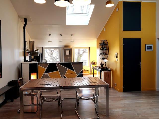 3 chambres avec douche, grand espace jour, piscine