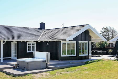 Picturesque Holiday Home in Saltum near Sea