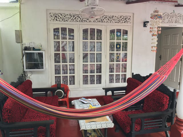 Silvas Surf Home Triple Bed