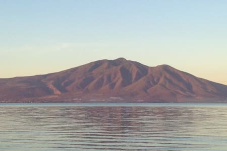 Lake front and unique - Ajijic - 公寓