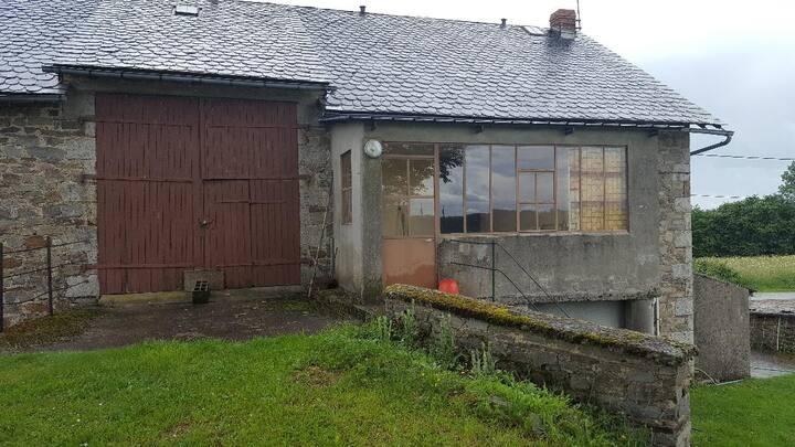 Maison de campagne rustique en Auvergne