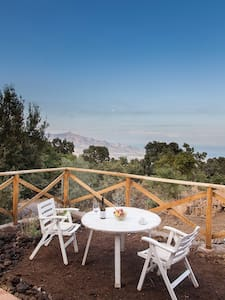The Room with a View, a loft on Etna - Presa