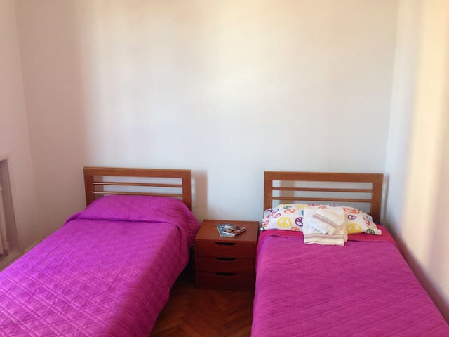Paloma 's Rooms (Only women)Palermo