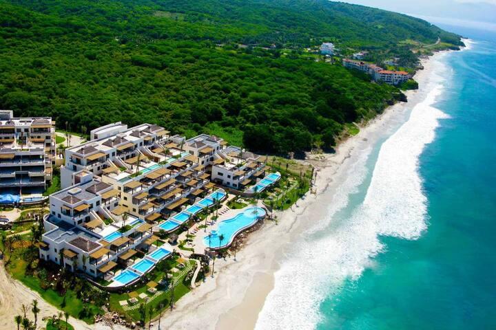 Los Veneros Resort