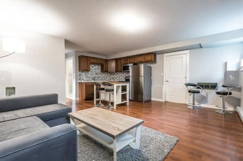 Fresh Mountain Suite in a Prime Location