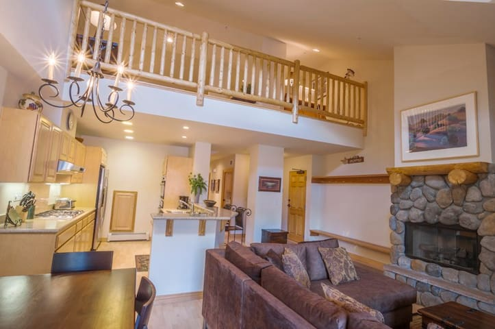 Kirkwood Meadowstone #403-3 bdrm+ - Kirkwood - Appartement en résidence