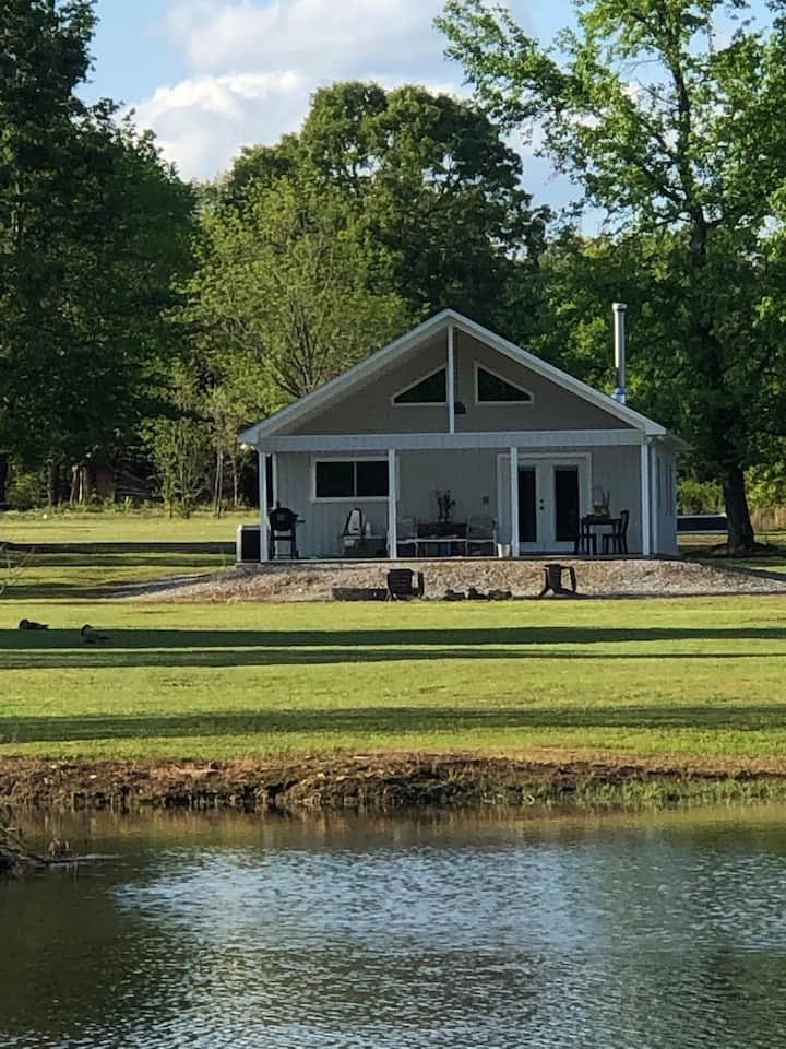 35 private acres in the middle of Greers Ferry !