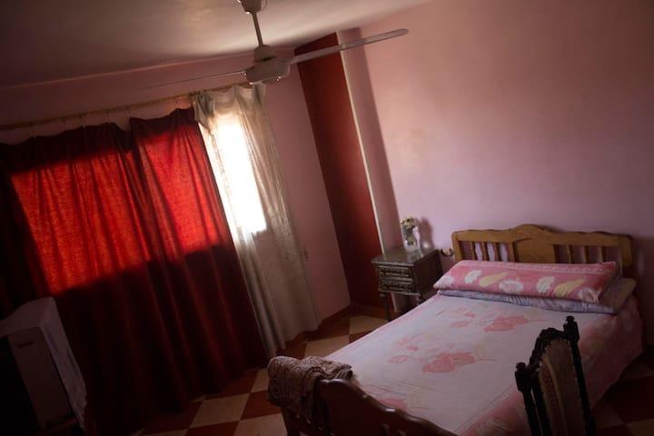 GOOD ROOMS IN CAIRO EGYPT - Kairo - Bed & Breakfast