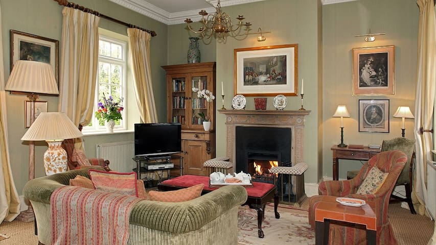 Sandown Cottage (sleeps 4 + 1 camp bed) - Churchill - Daire