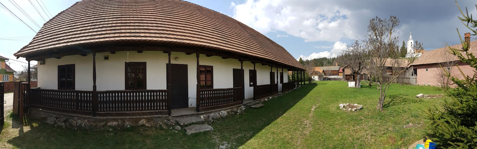 Szárhegyi Pihenő (The resthouse)