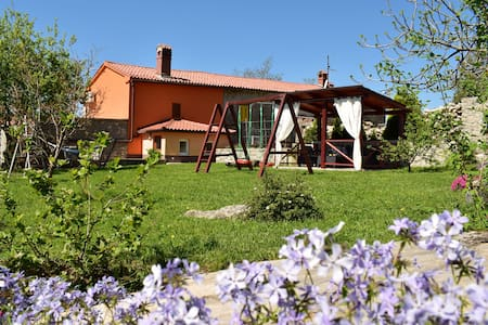 House in Istria-Labin, near the sea