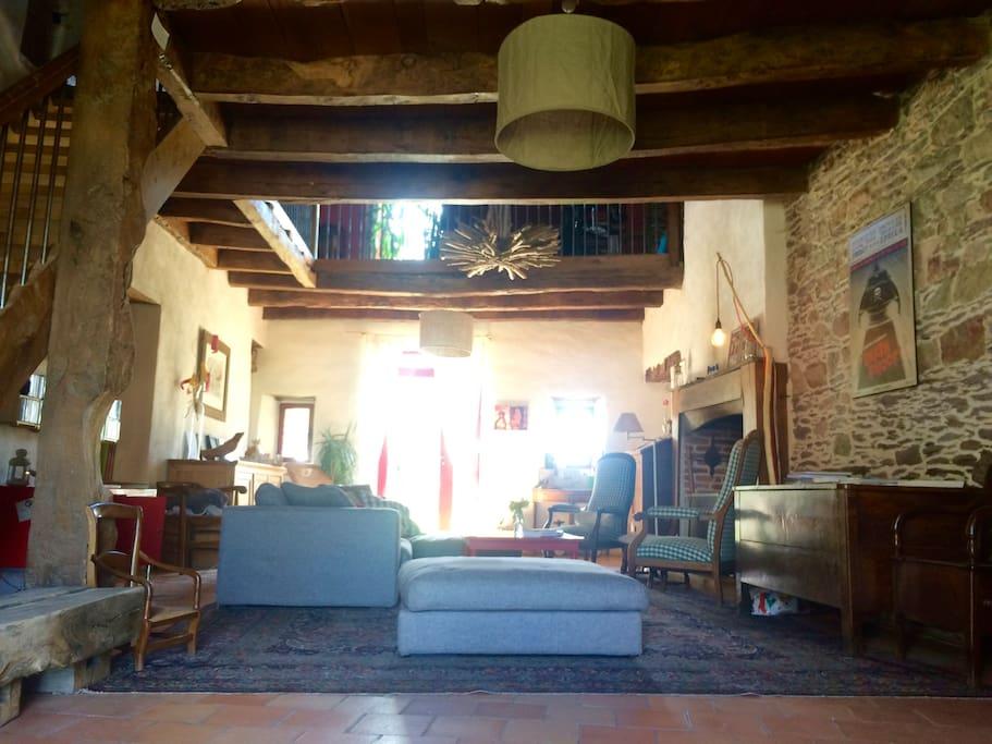 Grande maison de campagne houses for rent in la chapelle for Garage ad la chapelle bouexic