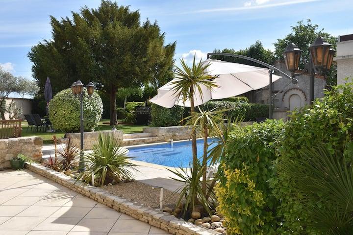 Le Gîte Lucas : 39m² avec clim, piscine et jardin
