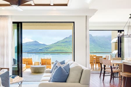 Kaiholo Three Bedroom Signature Oceanfront