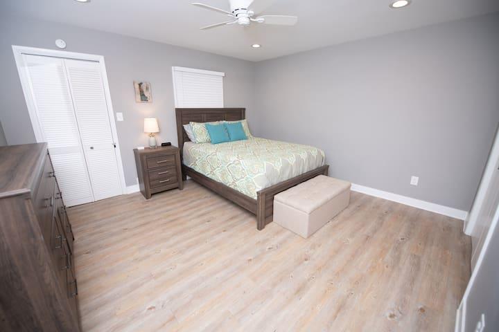 Bedroom #1 with queen memory foam mattress