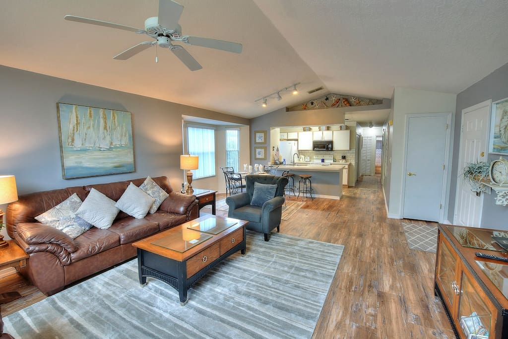 Open Concept LR-DR-Kit w/ Vaulted Ceiling.  Perfect for Entertaining and Families.
