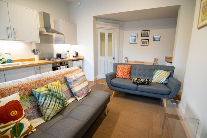 2 Bed Luxury Apartment Hebden Bridge sleeps 5