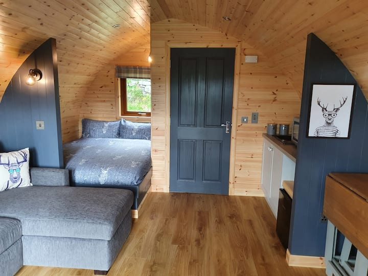 Ben Loyal Hotel Glamping Pods - 2 adults