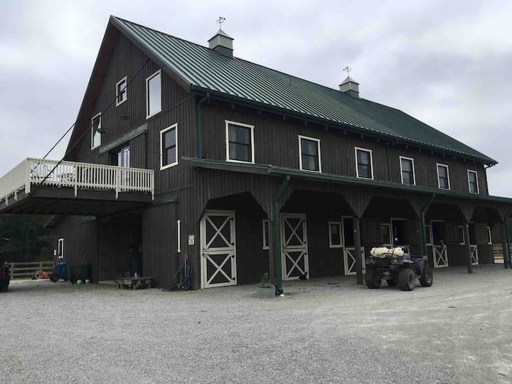 Farm Retreat (1 hour from Nashville)