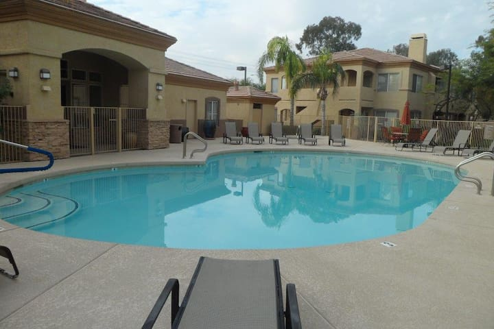 Condo In Tempe- 5 min from cubs/ASU - Tempe - Διαμέρισμα