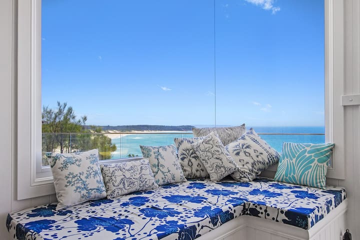 Fairwinds a spectacular ocean front home with views down Inyadda Beach