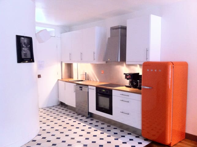 NICE APARTMENT (721 FT2) LE PARIS 4 LE MARAIS