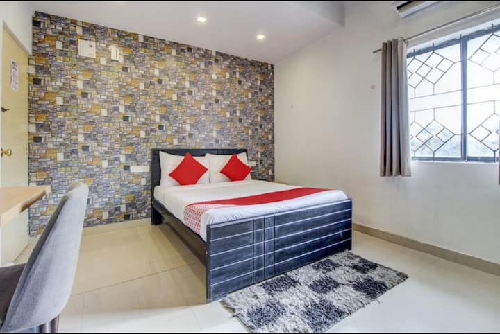 Couple Friendly Room @ Rt Nagar