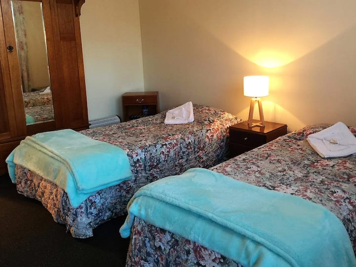 Cradle Mt Area -  Private  Room  #3