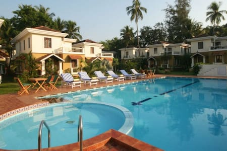 3 B.R. Luxurious Villa at North Goa - Guirim