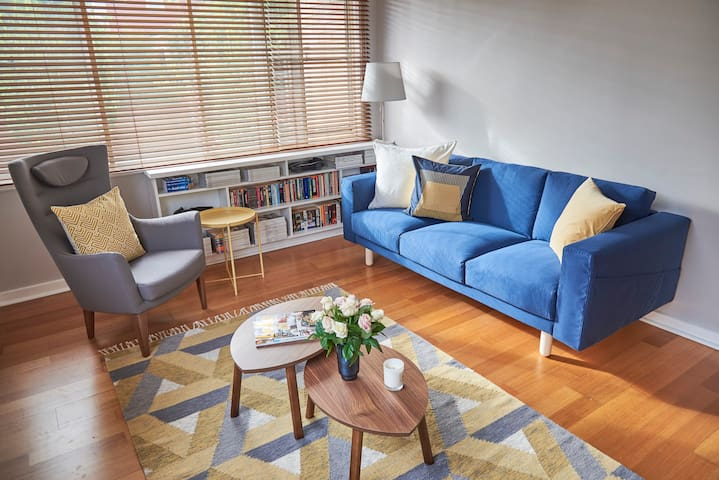 Bright 1BR by the bay in the heart of Elwood - Elwood - Apartamento