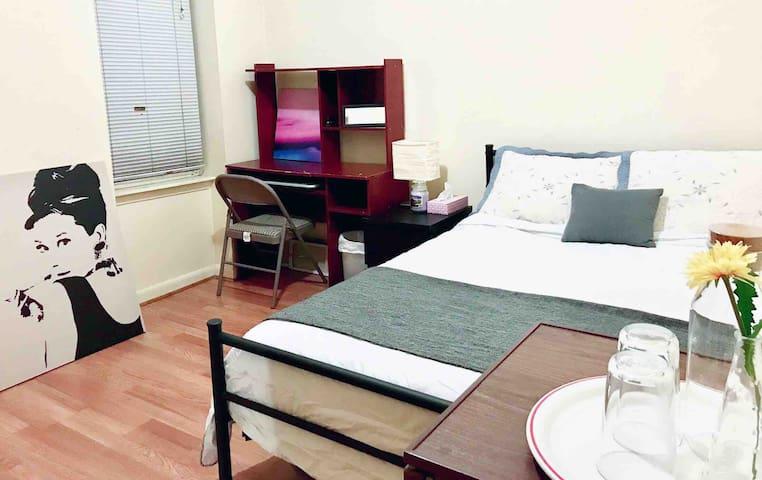 Manhattan Spacious Private Room 12min TimeSquare