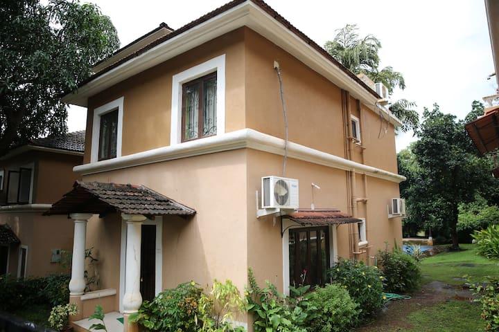 Salvian Guest House - Steve & Avita Antao - Guirim - Villa
