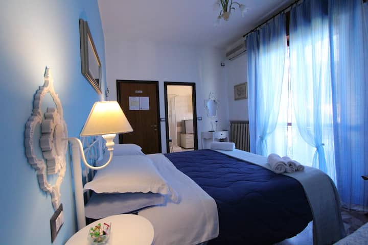 "bed & breakfast ""a casa di gabri"" (camera celeste)"