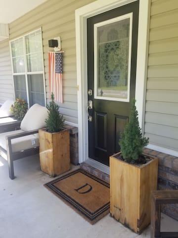 Cute & custom home located in a friendly community