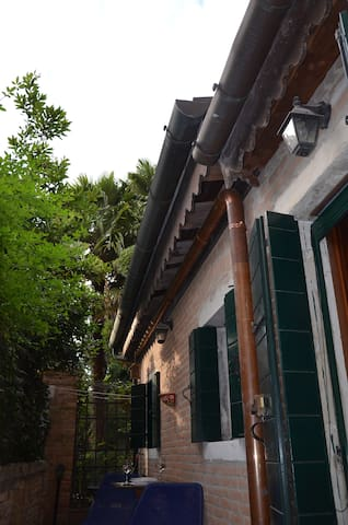 fantastic private cout in Venice