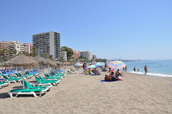 NICE APT.-FIRST LINE BEACH-CENTER - Marbella - Apartment