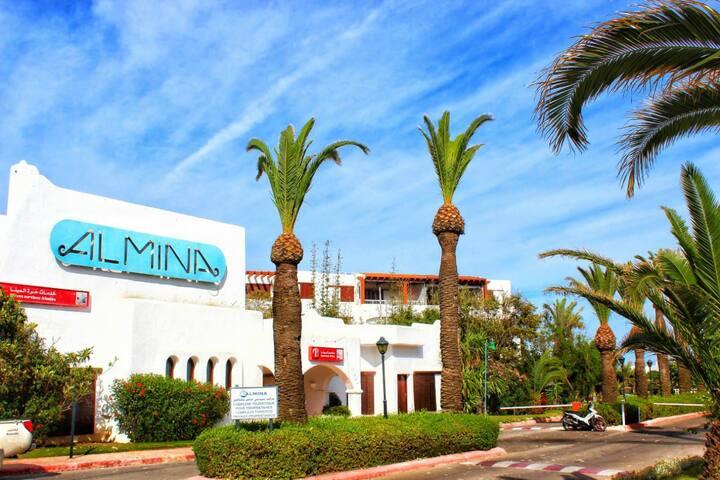 Résidence Almina Tétouan , 30 mètres de la plage