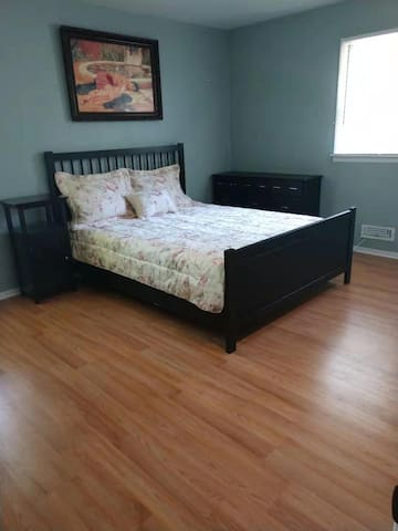 Master bedroom  in a quiet house in Basking Ridge