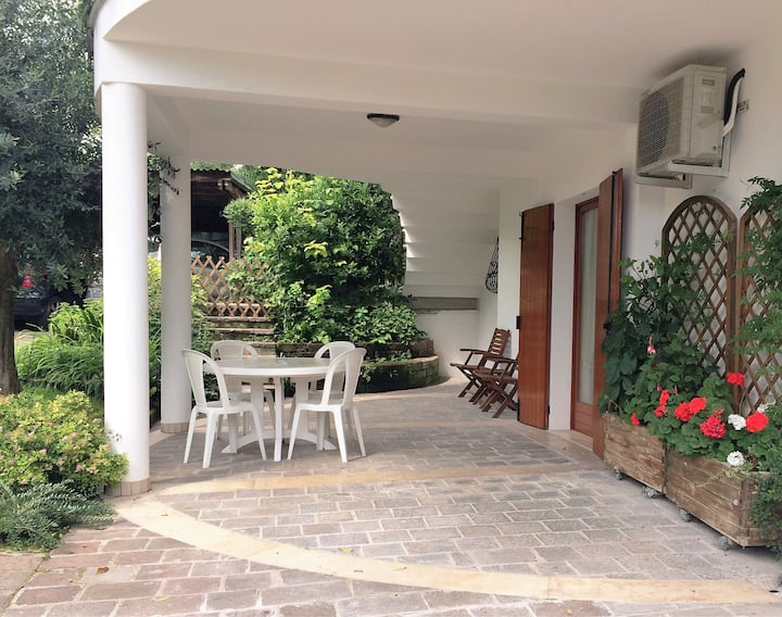 Rustic 3-room apartment,Garden&Parking-M0230913475
