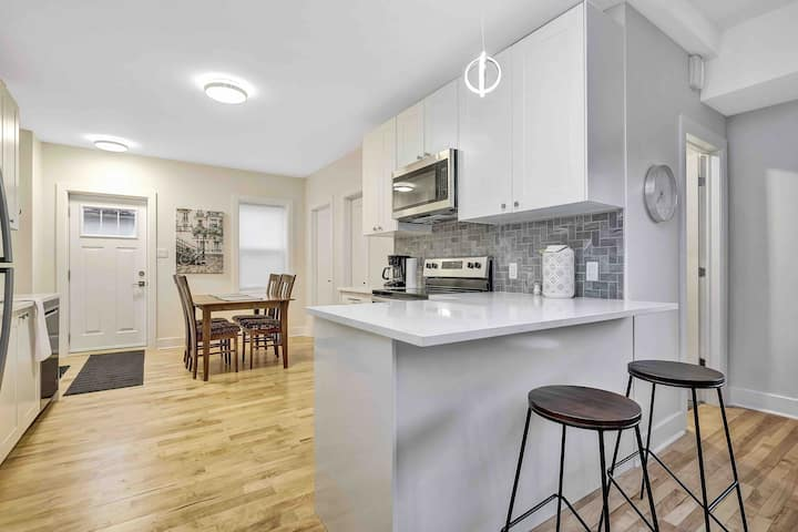 Stunning Byward Market 1 Bedroom