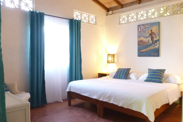 The Duke, Canelita Bungalow - Troncones - Bungalov