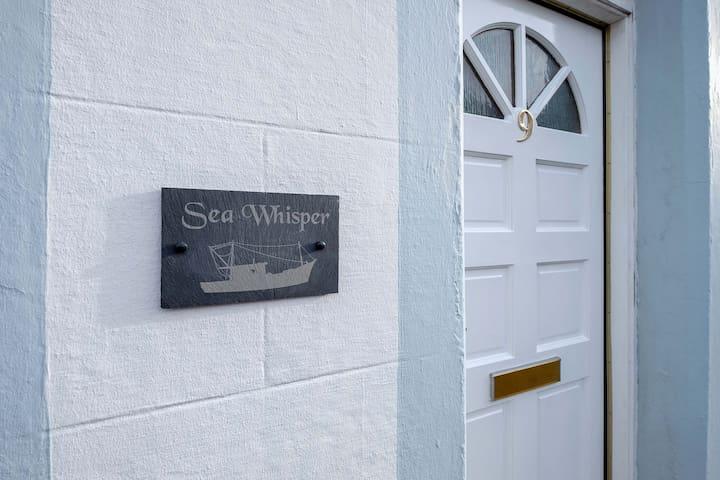 Sea Whisper- lovely home in charming village