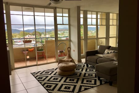 Heart of Puerto Rico Real Life 3BD - Caguas - Apartament