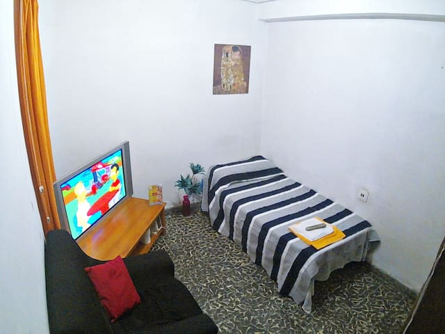 habitación low cost basic