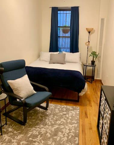 Clean, Cozy Bedroom in Park Slope Neighborhood