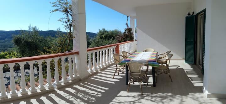 ampio appartamento in villa Liberato a Peschici