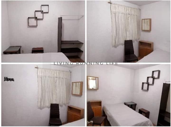 Cuarto privado en bonita casa en Cofradía III